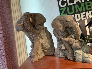 ELEPHANTS CARVED STONE for Sale in Granby, MO