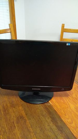 "Samsung 19"" computer screen for Sale in Fargo, ND"