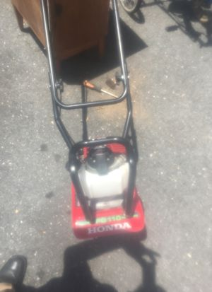 Honda tiller, used only twice, almost brand new for Sale in Elkridge, MD