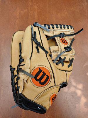 "Wilson A450 Baseball glove 10-3/4"". for Sale in Stockton, CA"