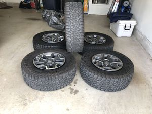 "Jeep 33"" Tires for Sale in Fort Worth, TX"