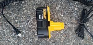 18 volts battery dewalt for Sale in Riverside, CA