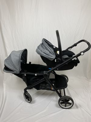 Evenflo Pivot Xpand Travel System Stroller Car Seat for Sale in East Rutherford, NJ