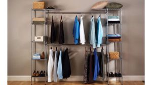 Seville Classics UltraZinc Expandable Closet Organizer System for Sale in Austin, TX
