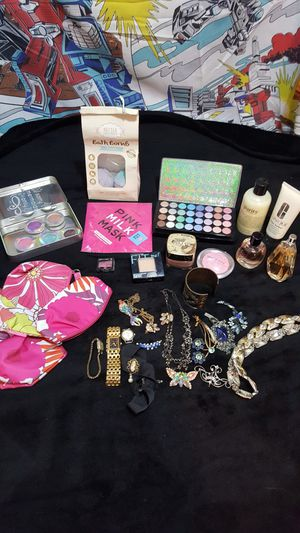 MAKE-UP JEWELRY PERFUME for Sale in Woodway, WA