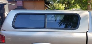 Camper shell for s10 puck up for Sale in Fresno, CA