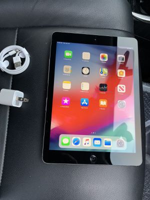 Apple ipad Air 1, 32gb wi-fi Only Excellent Condition for Sale in Springfield, VA