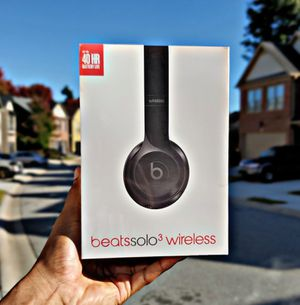 Beats Solo³ Wireless (Gloss Black) for Sale in Decatur, GA