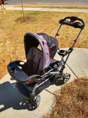 Sit and stand double stroller for Sale in Kernersville, NC