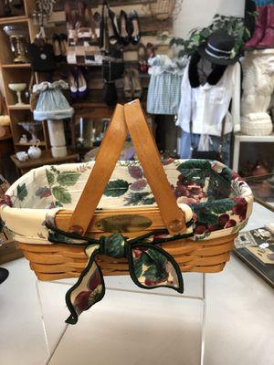 Longaberger Woven Memories 2000 Basket (West Side) for Sale in El Paso, TX