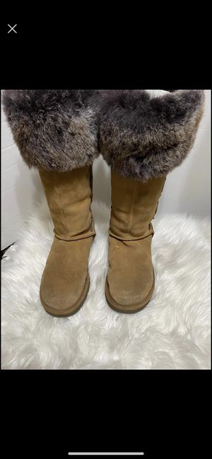 Ugg size 9 for Sale in Dearborn, MI