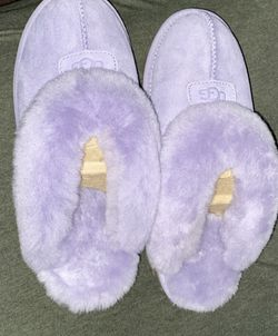 Size 9 Purple Ugg Slides for Sale in Atlanta,  GA