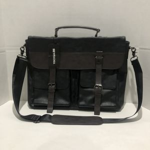 Seyfocnia Messenger Bag for Sale in Los Angeles, CA