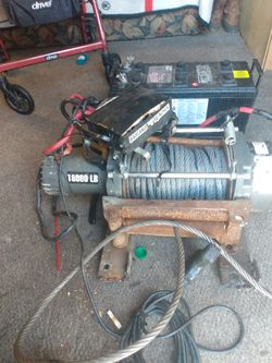 Badlands 18,000 Lb Winch And Interstate Battery for Sale in Orange,  TX