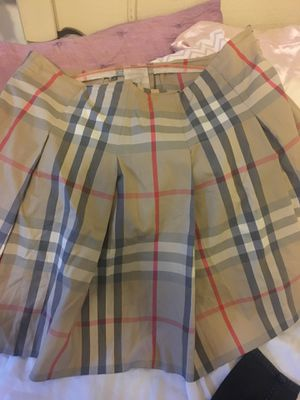 Size 12 , L , Authentic Burberry Plaid Skirt for Sale in Long Beach, CA