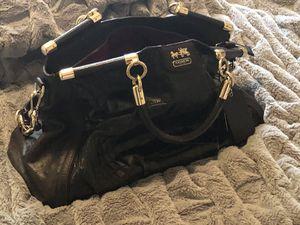 hand bag for Sale in Las Vegas, NV