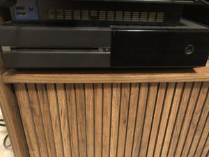 Xbox One 500GB with 6 games GOOD CONDITION for Sale in Montoursville, PA