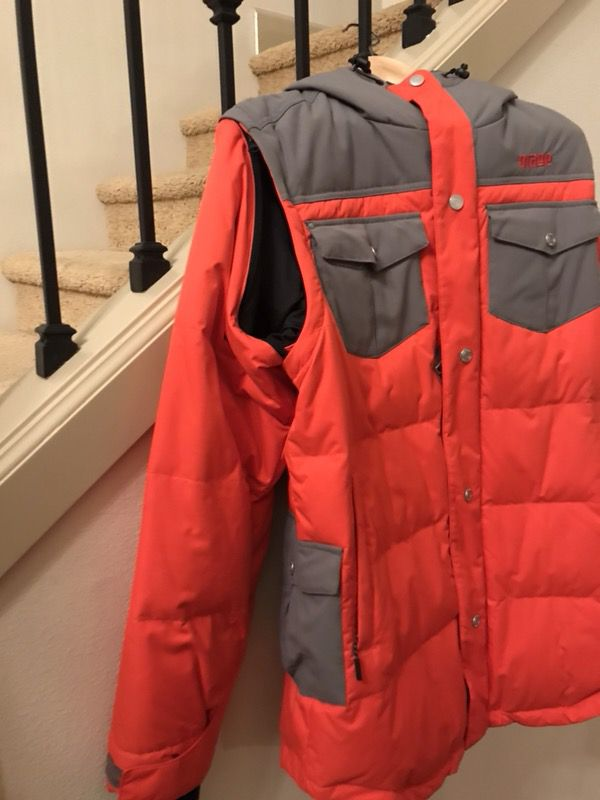 Orage ski jacket! With removable sleeves