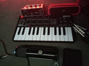 Akai Midi Keyboard Recording Microphone for Sale in Los Angeles, CA
