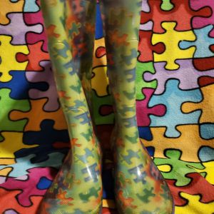 Rain boots. Puzzle pieces. Autism Awareness Size 7 for Sale in Henderson, NV