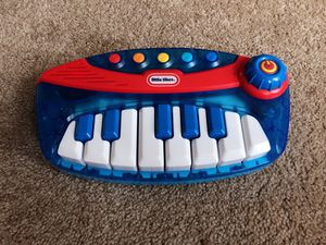 Baby kids electronic keyboard toy for Sale in Alexandria, VA