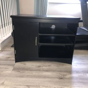 FREE .... Black Tv Stand for Sale in Fontana, CA