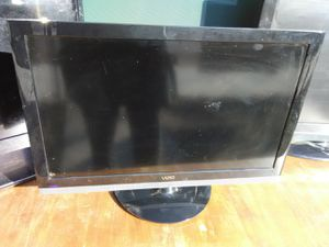 Vizio 26 inch TV with HDMI port needs power supply for Sale in Washington, DC