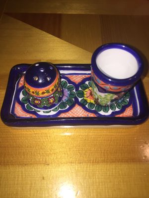 Mexican beautiful salt and shot glasses on dish for Sale in San Bruno, CA