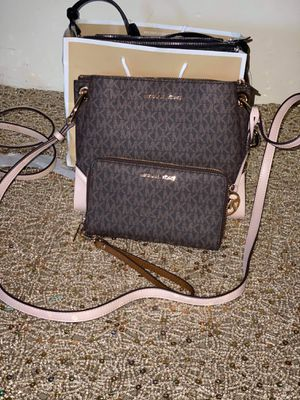 Michael Kors Brown and Pink Messenger Bag Set for Sale in Colton, CA