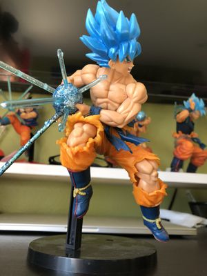 Super Saiyan Blue Goku figure for Sale in Mill Creek, WA