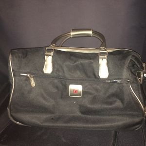 Swissgear Duffle Bag for Sale in Aurora, CO