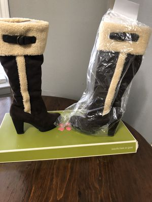 Beautiful Boots New New Never Worn 5.5 Medium $40.00 paid a lot for them. for Sale in Fort Worth, TX