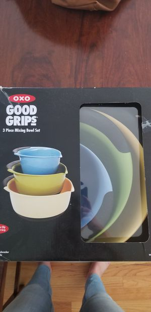 Good grips 3 piece mixing bowl set for Sale in McLean, VA