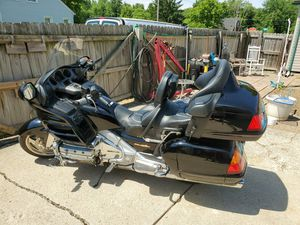 2001 Honda Goldwing GL 1800 for Sale in Riverview, MI