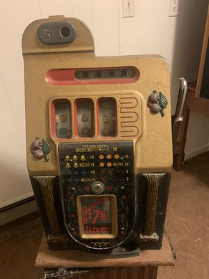 Bell-o-Matic Nickel Slot Machine for Sale in MONTGOMRY VLG, MD