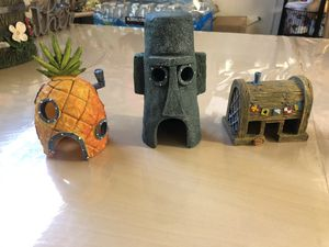 Spongebob fish tank decor for Sale in Escondido, CA