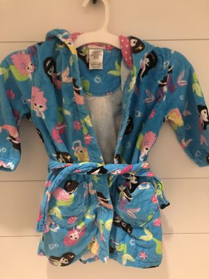 Size 6 Mermaid Robe/Cover Up for Sale in Murfreesboro, TN