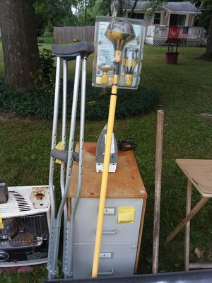 File cabinet crutches and high up light bulb changer for Sale in Olmsted Falls, OH