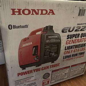 New Honda EU2200i Super Quiet Portable Inverter Generator NIB for Sale in Brooklyn, NY