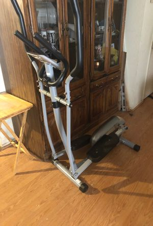 Sunny Health and Fitness Elliptical. for Sale in Highland, CA