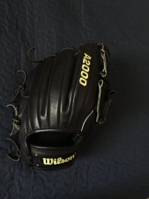 Profesional baseball glove A2000 for Sale in Fresno, CA