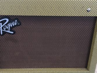 Rogue Guitar Amp for Sale in Brandon,  FL