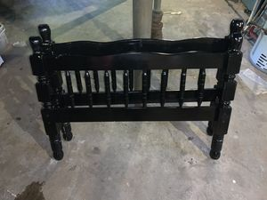 Twin size bed frame for Sale in Haledon, NJ