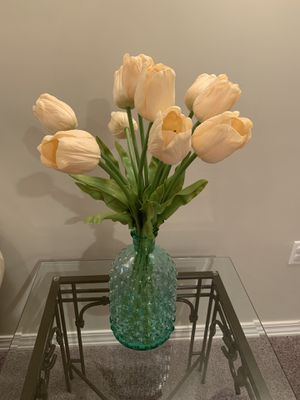 Vase and faux flowers for Sale in Sterling Heights, MI
