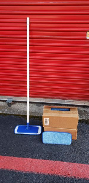 Microfiber Mop And 2 Cases Of Mop Cloth for Sale in Fort Worth, TX