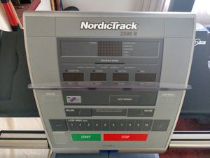NordicTrack 2500 R Treadmill for Sale in Pico Rivera, CA