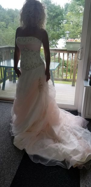 Wedding dress for Sale in Wilmington, MA