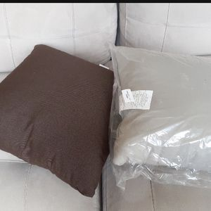 "19.7"" Decorative Pillows - Mocha, Brown for Sale in Casselberry, FL"
