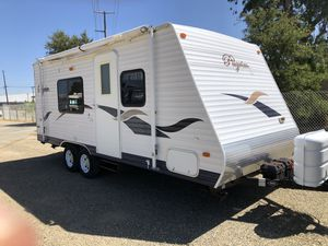 2007 pilgrim 19 foot travel trailer for Sale in Fair Oaks, CA