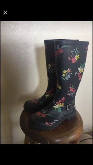 SIZE 6 rain boots for Sale in Allen, TX